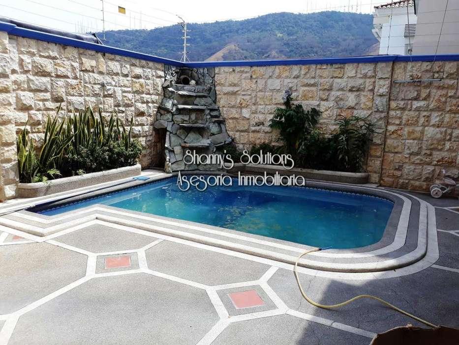 Cumbres se renta casa de 3 hab con studio, piscina con terraza y bbq con asientos empotrados