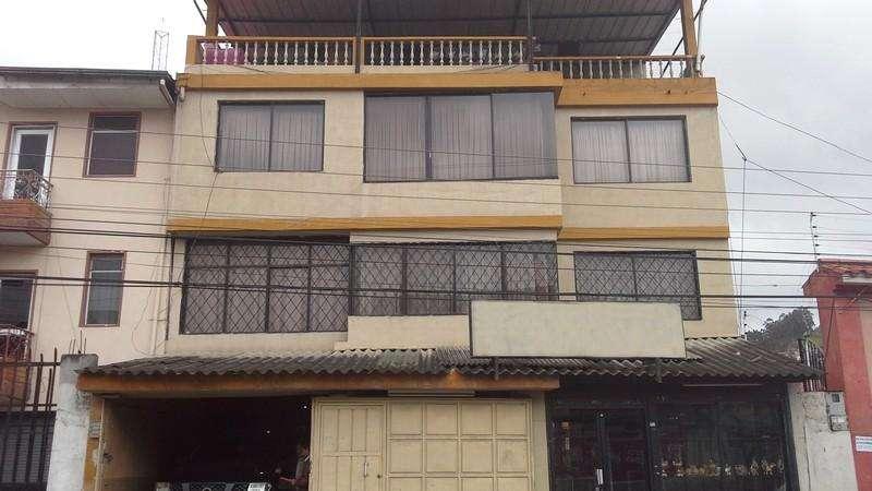 Casa de venta en La Playa - Av. 16 de abril – código:14108