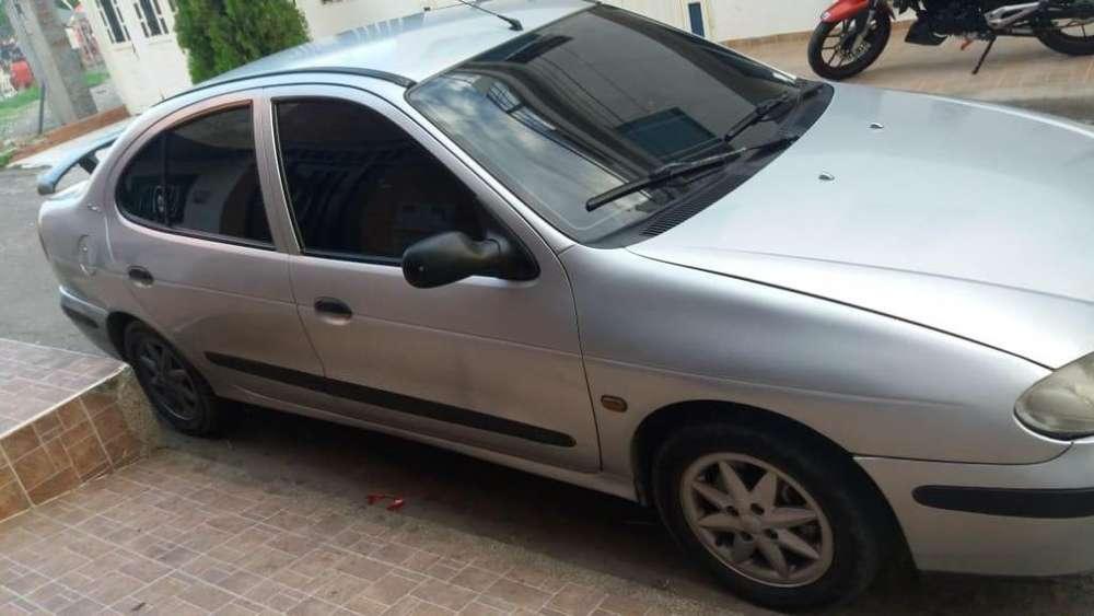 Renault Megane  2004 - 217000 km