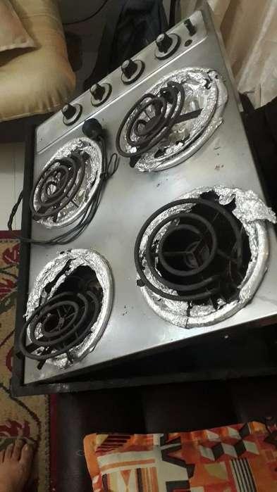 Estufa Eléctrica de 4 Boquillas