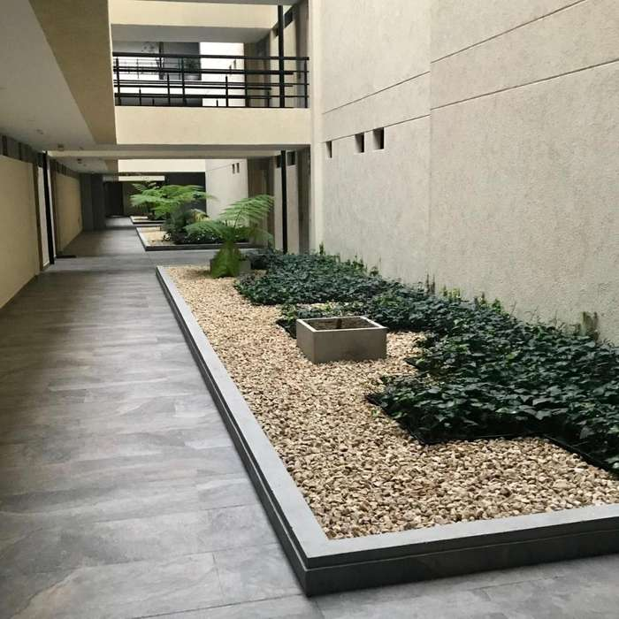 881 - Lindo Apartamento para Estrenar con Plaza Comercial
