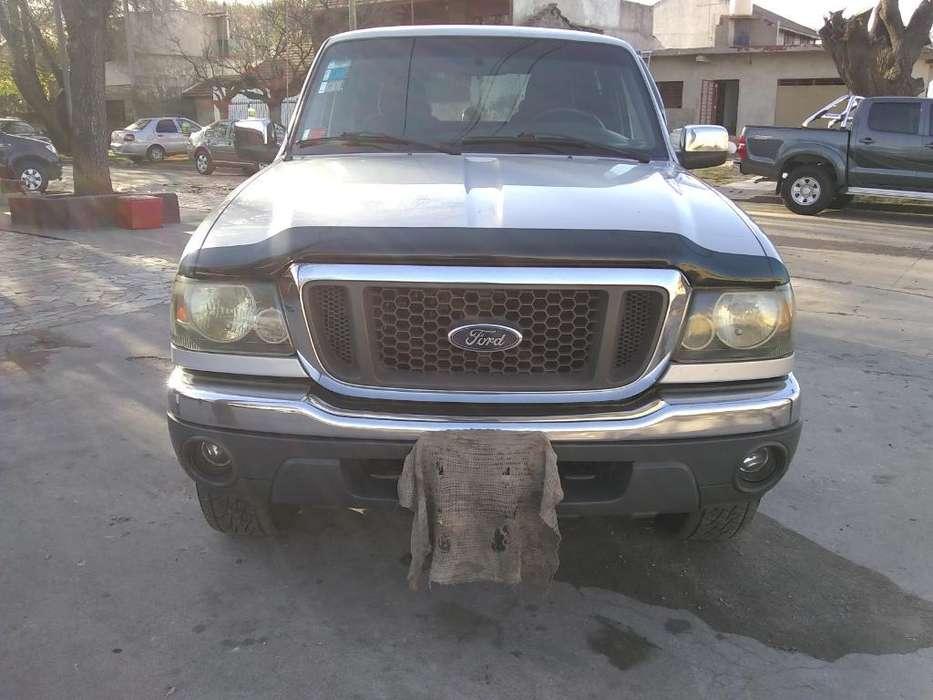 Ford Ranger 2006 - 210000 km