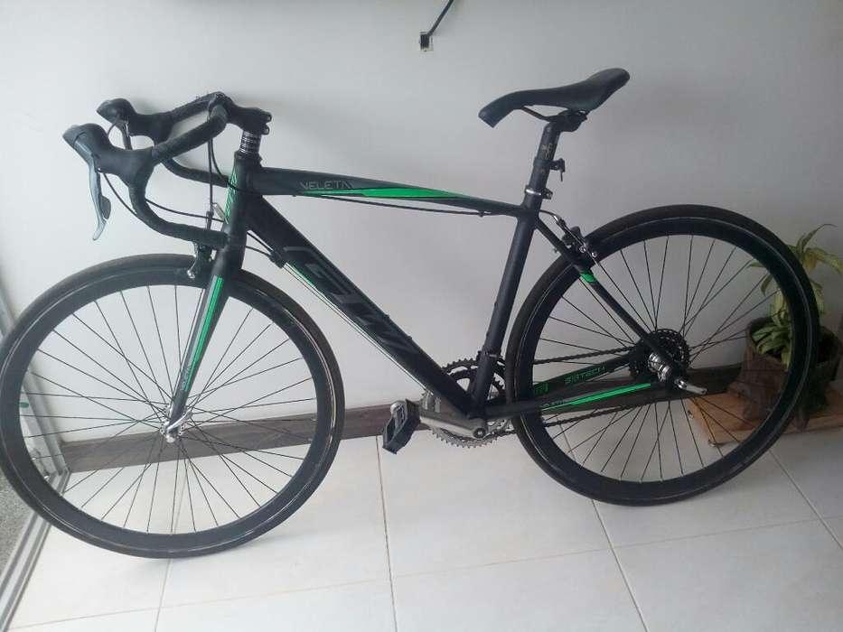 Bicicleta de Ruta Gw en Perfecto Estado