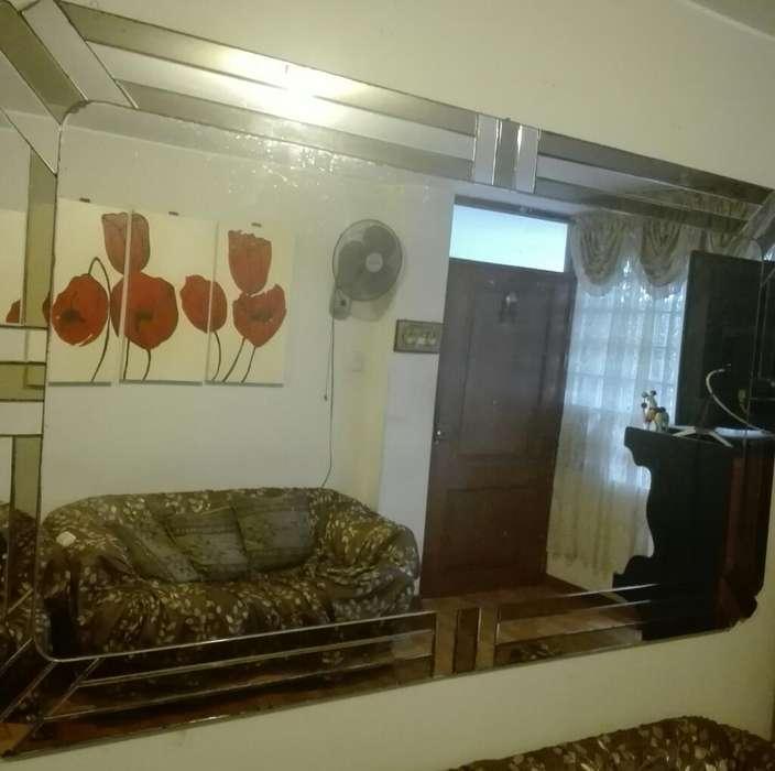 Espejo de Sala de 2 X 115 Y Mesita de Sa