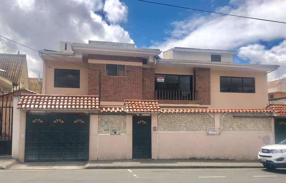 Casa comercial en renta sector Remigio Crespo (R88)