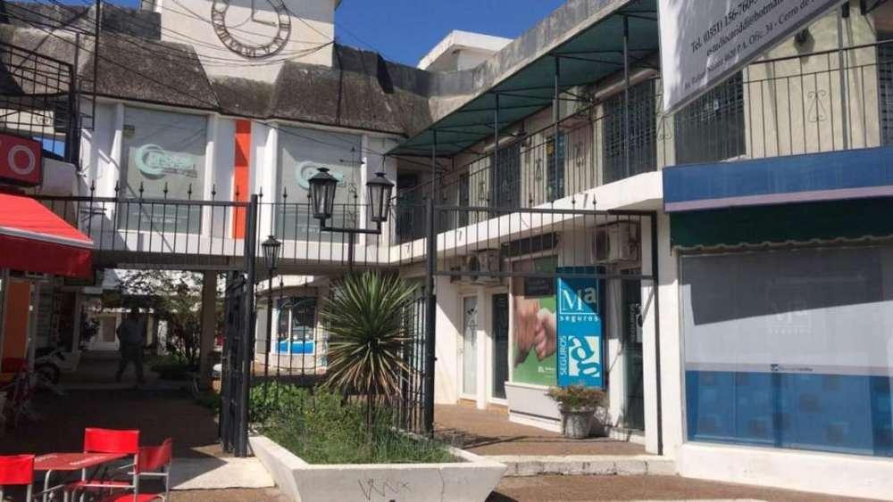 Local Comercial en Rafael Nuñez al 4600