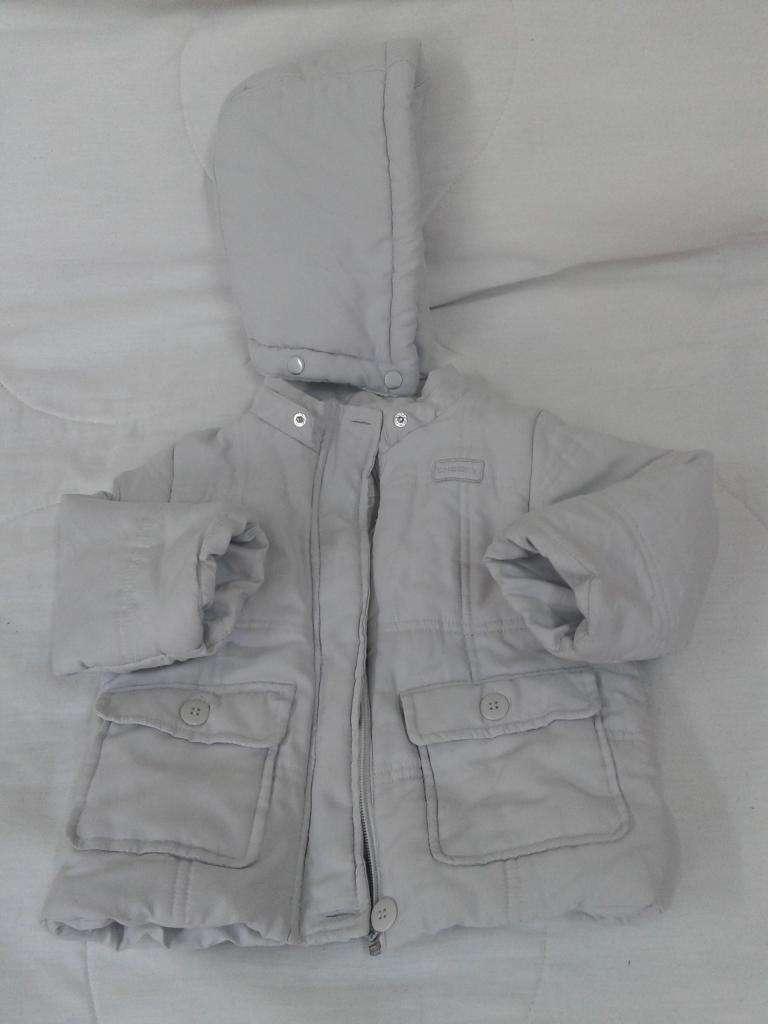 Campera Cheeky XL  12-18m.capucha Desmonta-forro polar Perfect