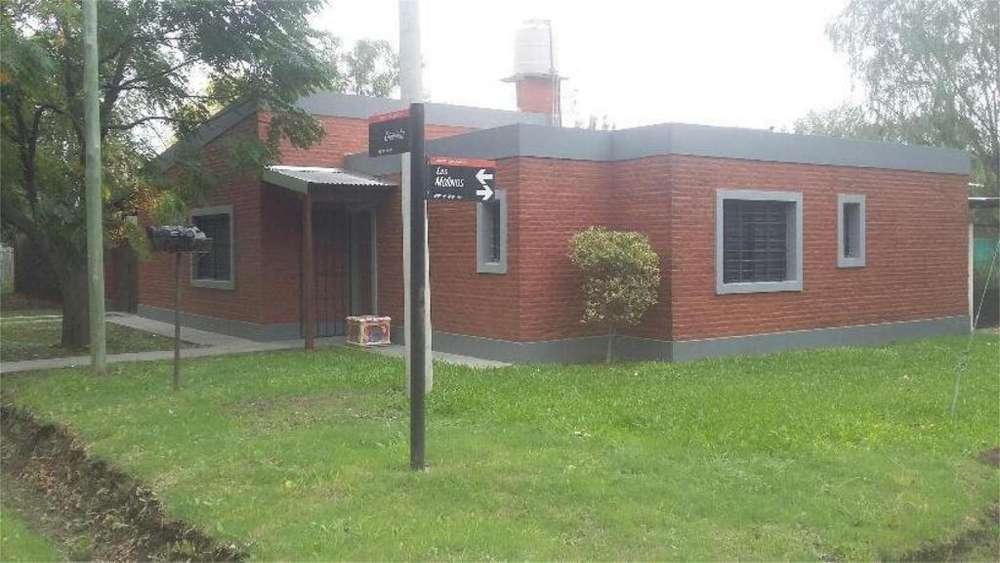 Los Molinos Y Granada 100 - UD 150.000 - Casa en Venta
