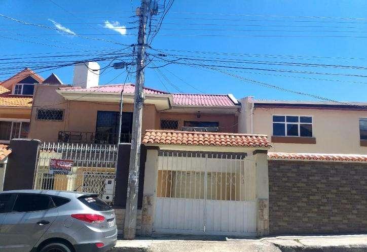 SOLINM: CASA EN VENTA EN TOTORACOCHA DE 280M2 con local MJ1961