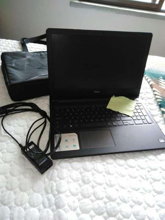 Laptop Dell Inspiron, Nueva