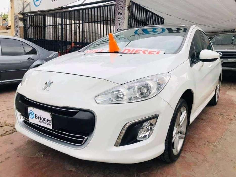 Peugeot 308 2013 - 85000 km