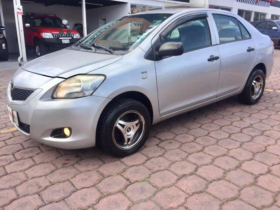 Toyota Yaris 2009 - 150000 km