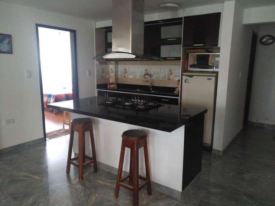 EDIFICIO CON CINCO <strong>apartamento</strong>S, EN VENTA ZIPAQUIRA,CR