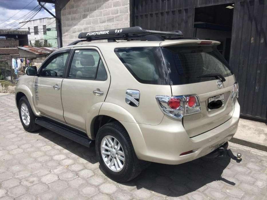 Toyota Fortuner 2015 - 79000 km