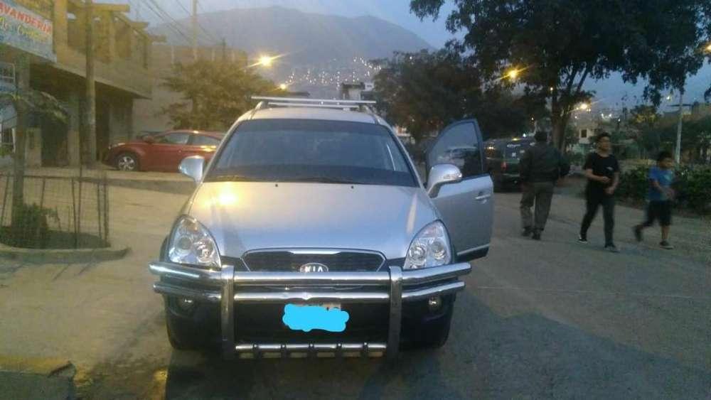 Kia Carens  2011 - 118000 km