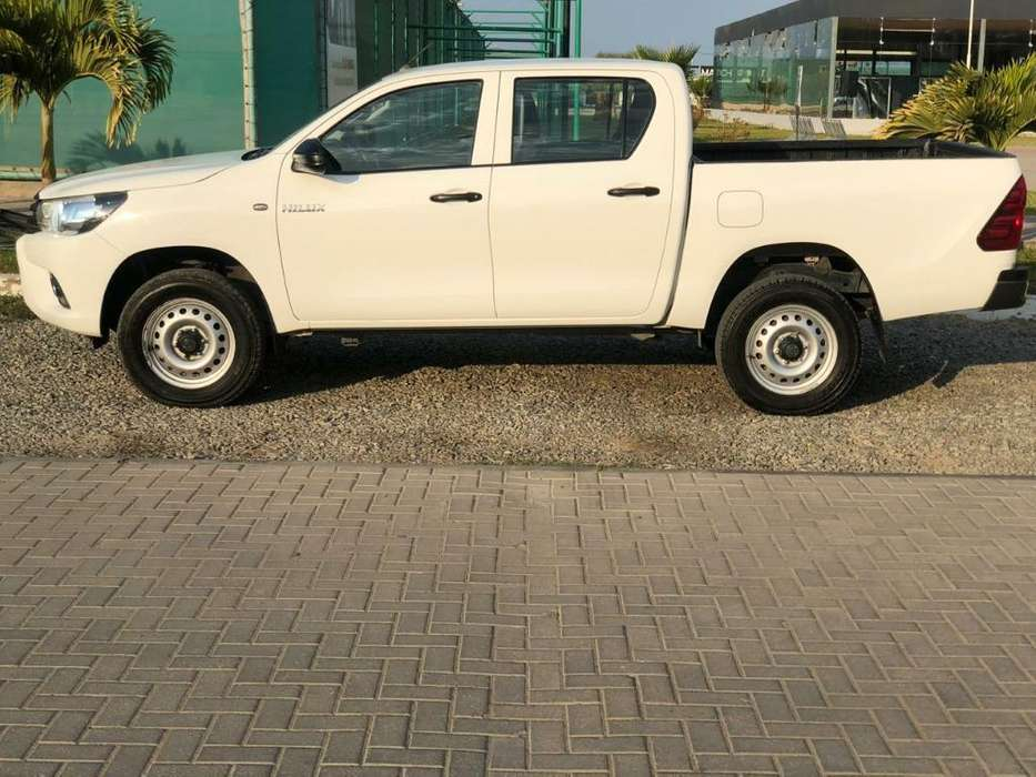 Toyota Hilux 2017 - 19500 km