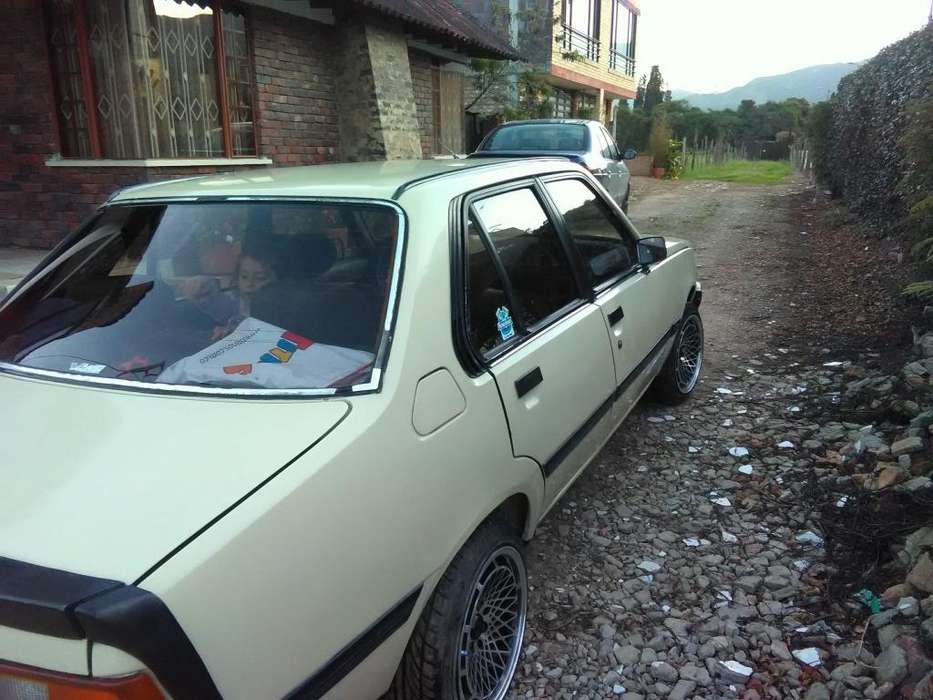 <strong>renault</strong> R18 1984 - 0 km