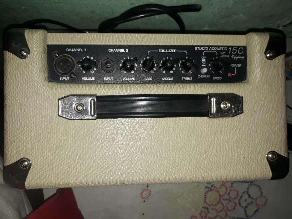 Remato Amplificador de Guitarra