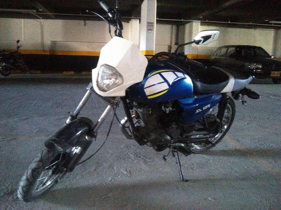 Moto AKT sl 125 Modelo 2011