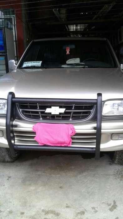 Chevrolet Luv 2002 - 3000 km