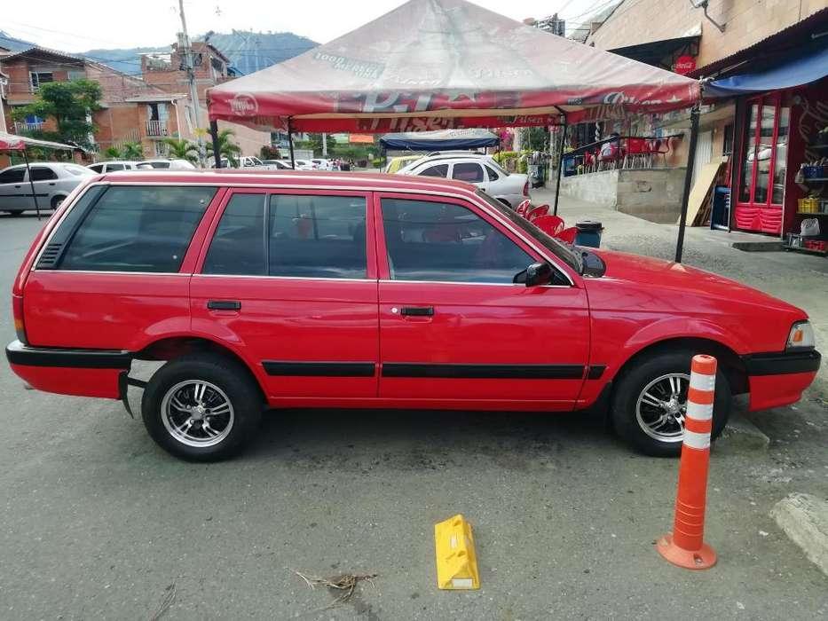 Mazda 323 1989 - 30000 km