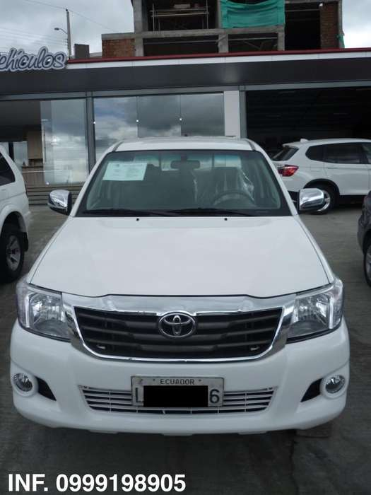 Toyota Hilux 2013 - 133000 km