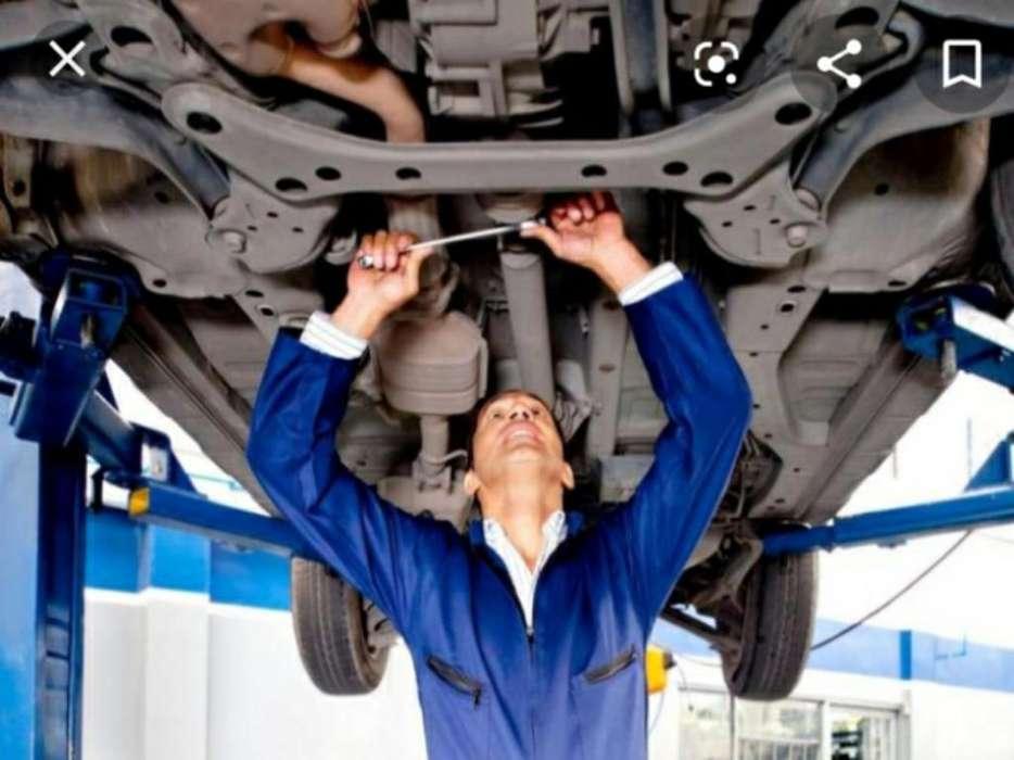 Se Busca Mecánico para Trabajar en Loja