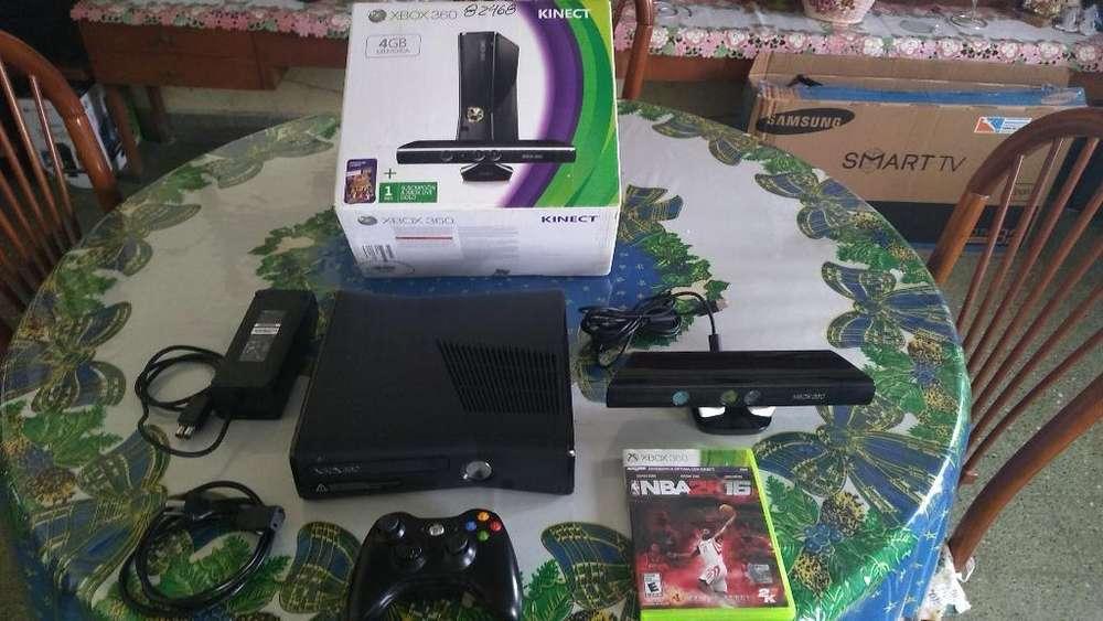 Xbox360 de 4 Gb en Caja Mas Kinect