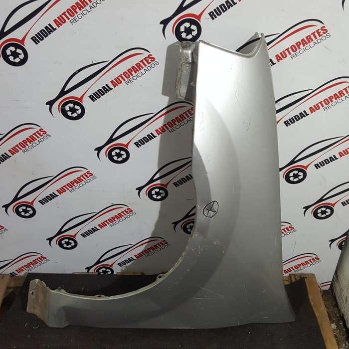 Guardabarro Delantero Izquierdo Renault Logan 3135 Oblea:03005915