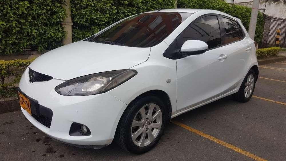 Mazda Mazda 2 2010 - 75000 km