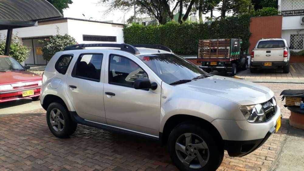 Renault Duster 2017 - 24900 km