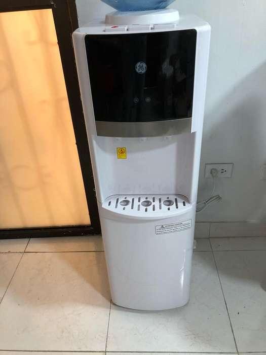 Dispensador de Agua para Tanque