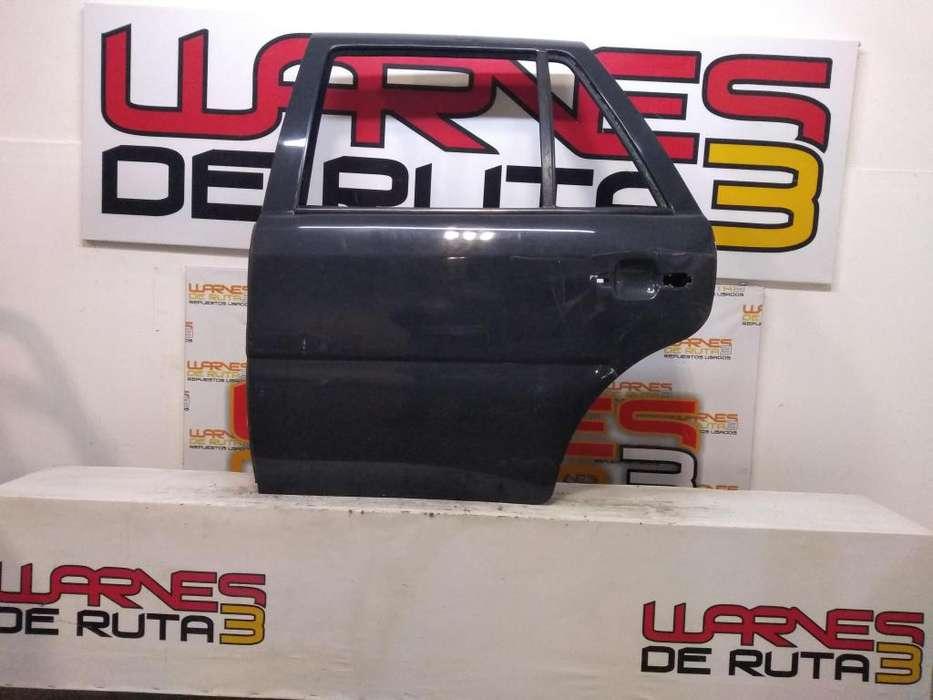 Puerta Trasera Izquierda Volkswagen Gol 03077868