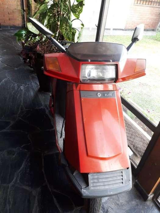 Moto <strong>honda</strong> Elite 80