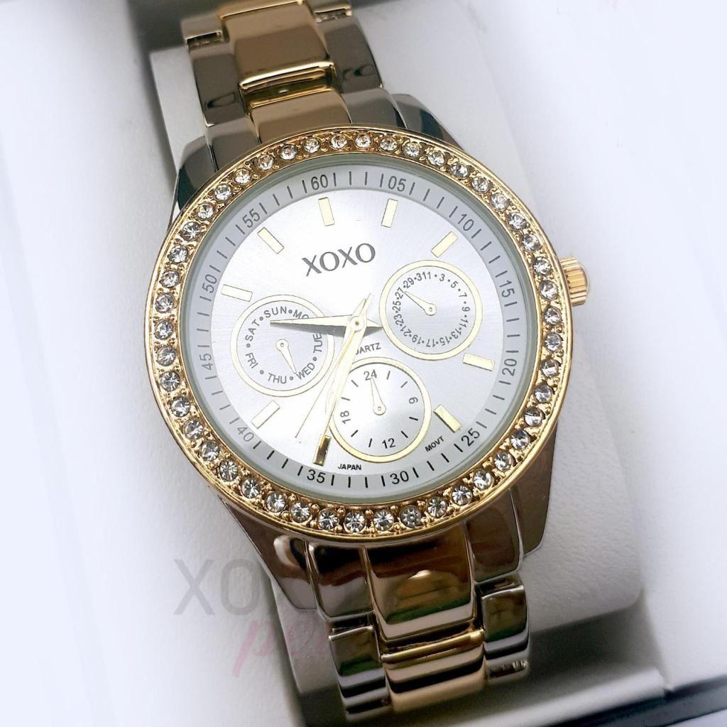 94b6503fdd78 Reloj de moda para dama Marca Xoxo plateado con dorado - Lima