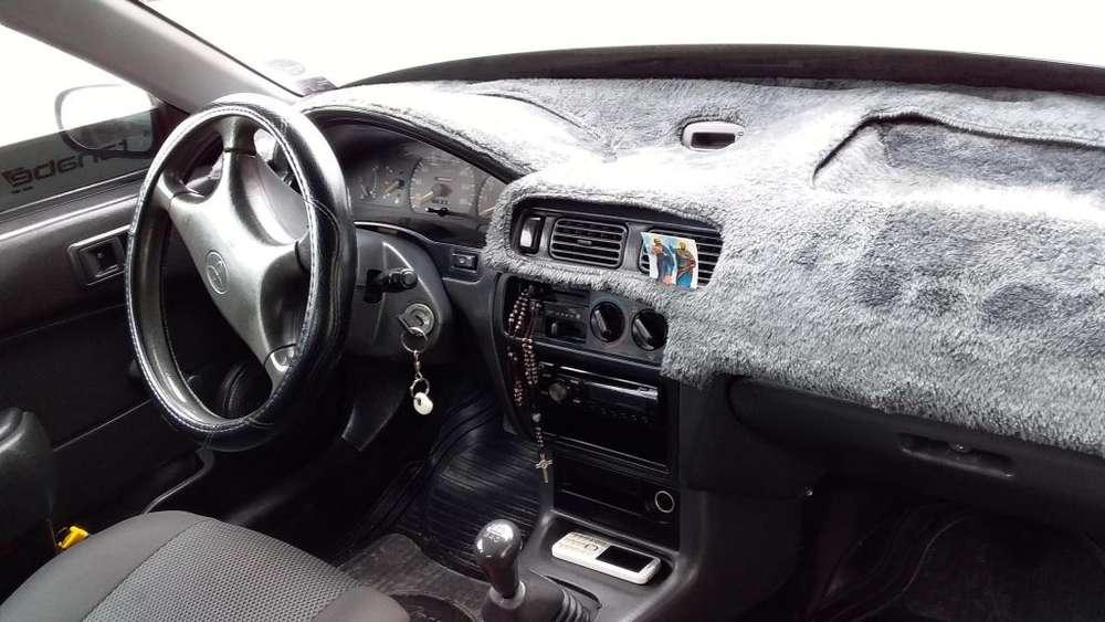 Toyota Corolla 1997 - 2388 km