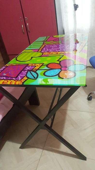 <strong>escritorio</strong> Metalico Y Vidrio