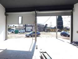LOCAL COMERCIAL A ESTRENAR EN ALQUILER EN ROSARIO 230 M2, COCINA Y BAÑO
