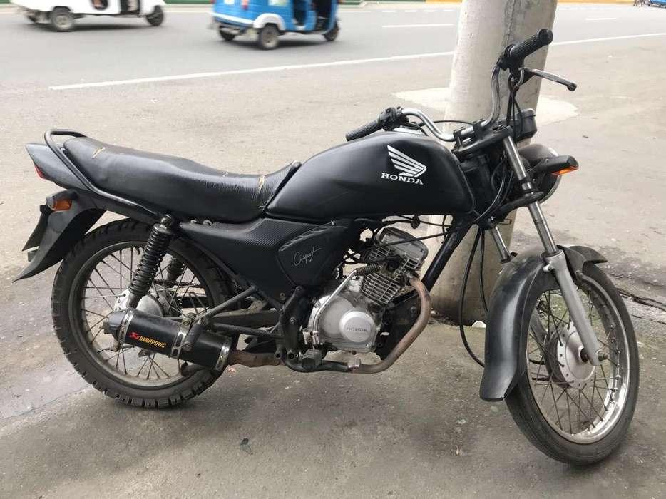 Moto <strong>honda</strong> Cb1