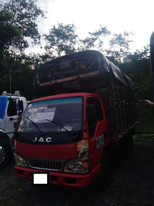 Camion JAC Modelo 2015 Cap 4 TONELADAS