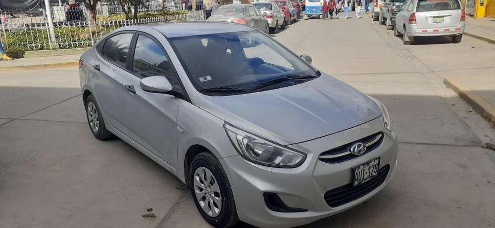 Hyundai Accent 2016 - 15000 km