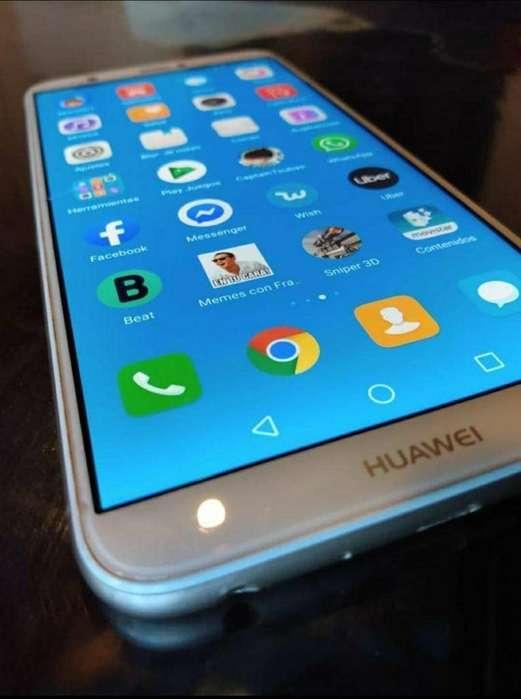 Huawei P Smart Libre con Cargador
