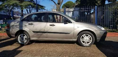 Ford Focus 2006 - 128000 km