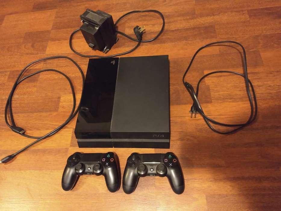 <strong>playstation</strong> 4 con Dos Joysticks Y Juegos