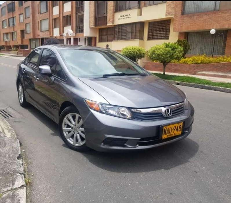 Honda Civic 2012 - 87000 km