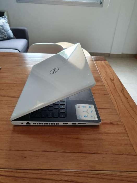 Notebook Dell 2019 Como Nueva - La Plata