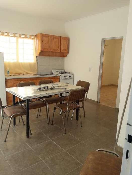 Oportunidad en venta casa dos dormitorios , patio, cochera a estrenar!