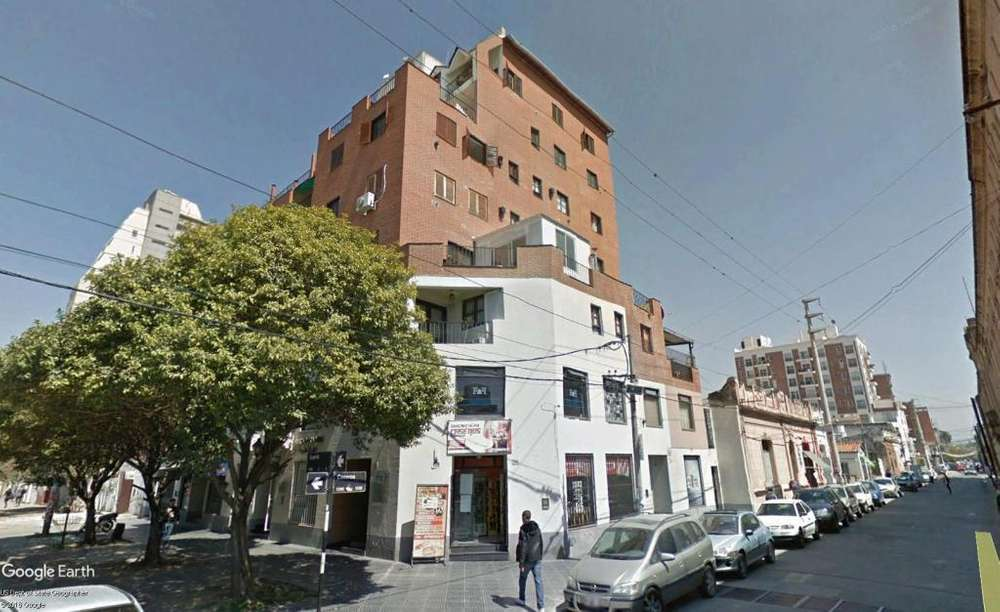 Depto 2 dor con cochera en calle Gorriti esq Caseros