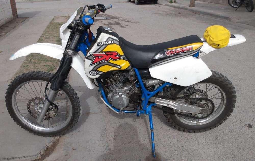 Vendo O Permuto Suzuki Dr 93 Excelente!!