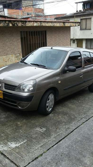 <strong>renault</strong> Clio  2007 - 127000 km
